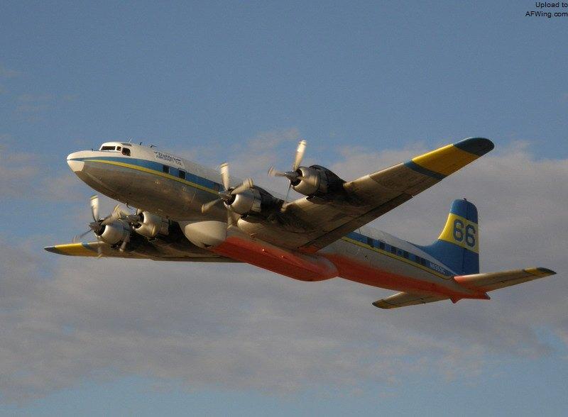 飞机的星形�yb�9�._该机的四台普惠星形发动机单台功率超过2000马力,使dc-6的巡航速度略